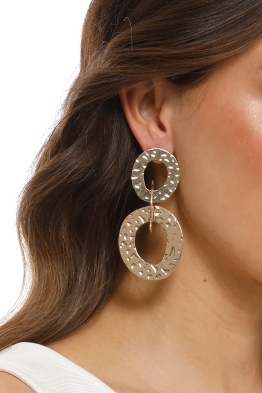 Adorne - Beaten Rings Link Earrings - Gold - Product