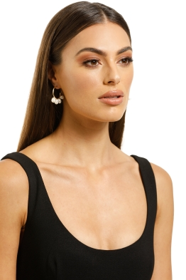 Jolie-and-Deen-Dolly-Pearl-Hoops-Product.