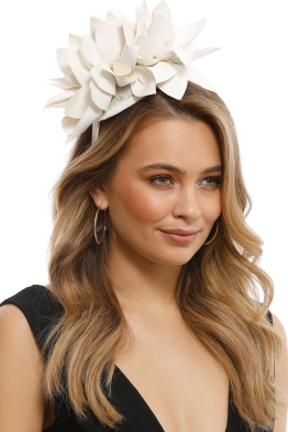 Morgan & Taylor - Courtney Fascinator - White - Front