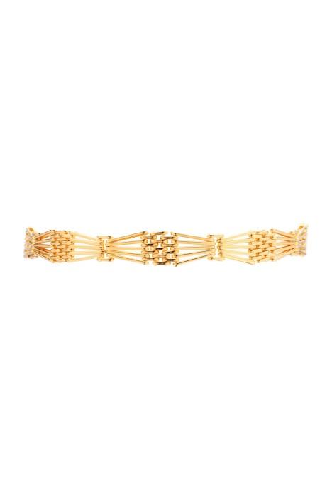 Amber Sceats - Vogue Choker - Front - Gold