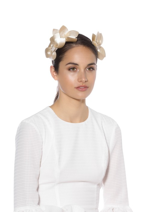 Morgan and Taylor - Sheridan Fascinator - Light Gold - Model