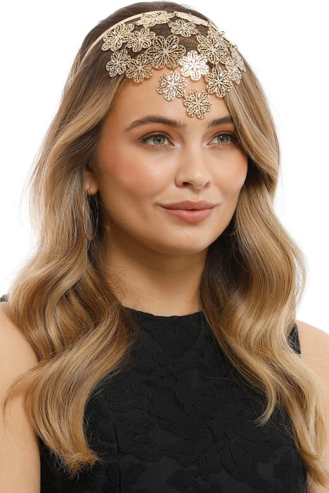 Olga Berg - Reyna Flora Headband - Gold - Model